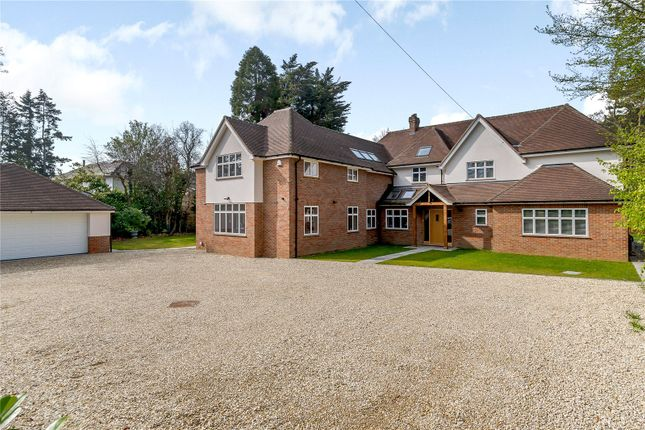 Thumbnail Detached house to rent in Burtons Lane, Chalfont St. Giles, Buckinghamshire
