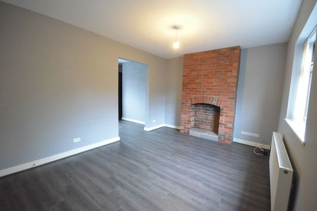 3 bed mews house to rent in Claremont Road, Accrington BB5