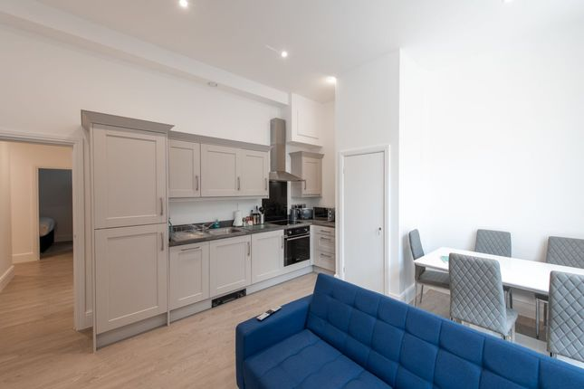 Thumbnail Flat to rent in Queen Avenue, Liverpool