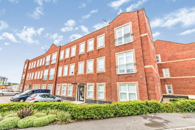 Flat for sale in Woodside Park, Rugby