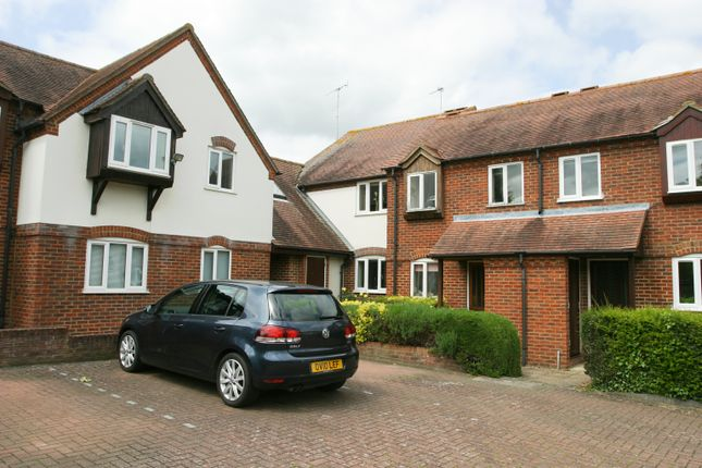 Thumbnail Flat to rent in Friday Court, Thame
