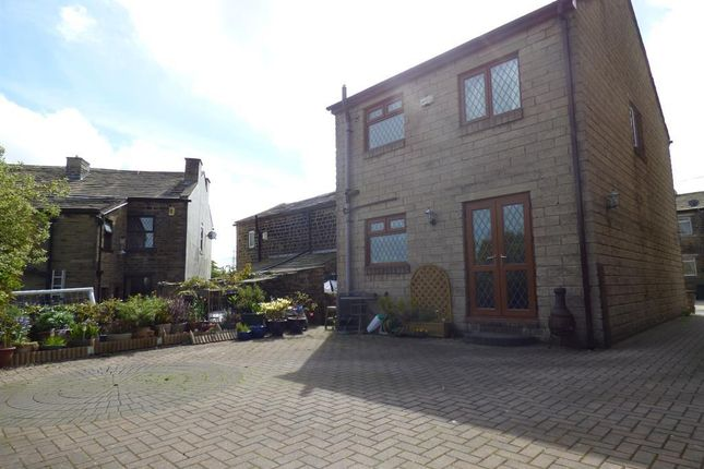 Thumbnail Detached house to rent in Lane Side, Wilsden, Bradford