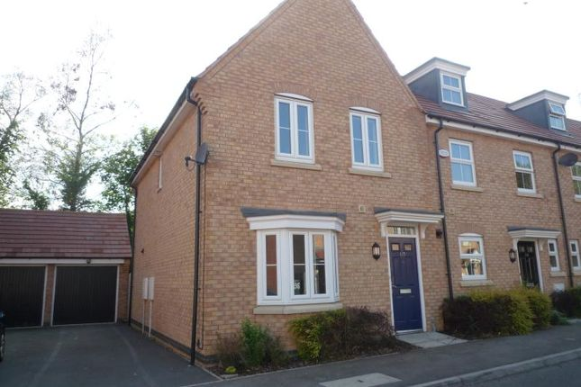 3 bed semi-detached house to rent in Alchester Court, Towcester NN12