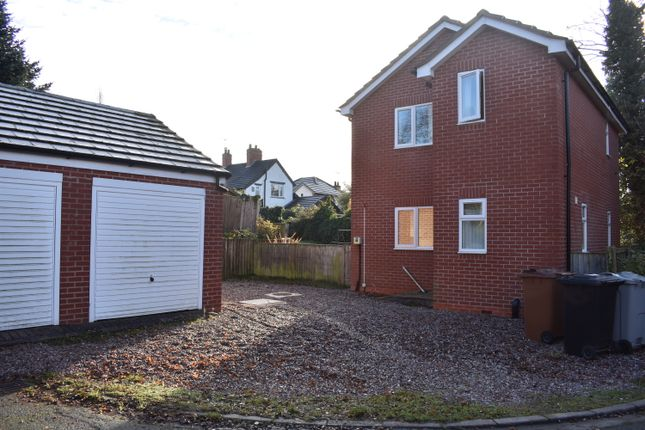 3 bed detached house to rent in Brook Close, Sydney CW1