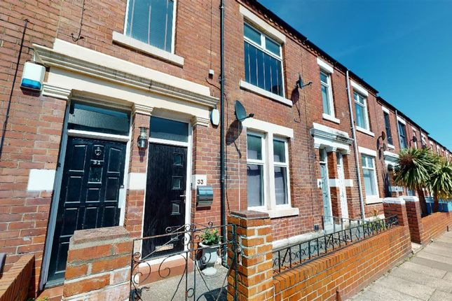 Flat for sale in Lansdowne Terrace, North Shields