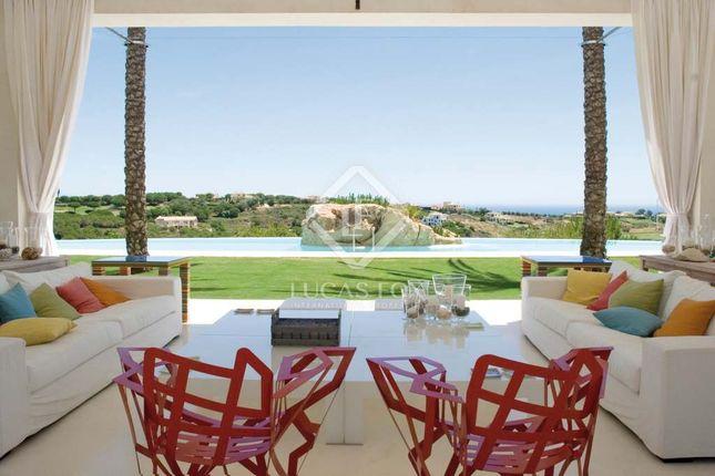 Thumbnail Villa for sale in Spain, Andalucía, Costa Del Sol, Sotogrande, Lfcds391