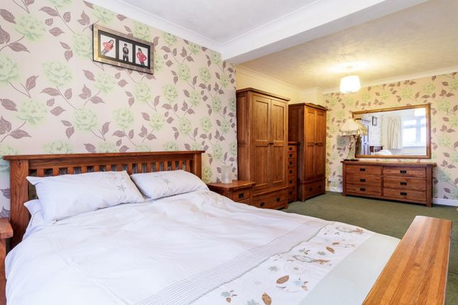 Thumbnail Semi-detached house for sale in Granger Avenue, Maldon, Essex
