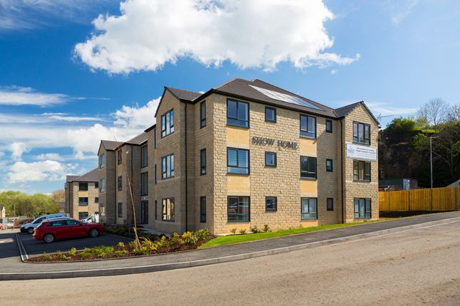 Thumbnail Flat to rent in Lincoln House, Beck View Way, Shipley, West Yorkshire