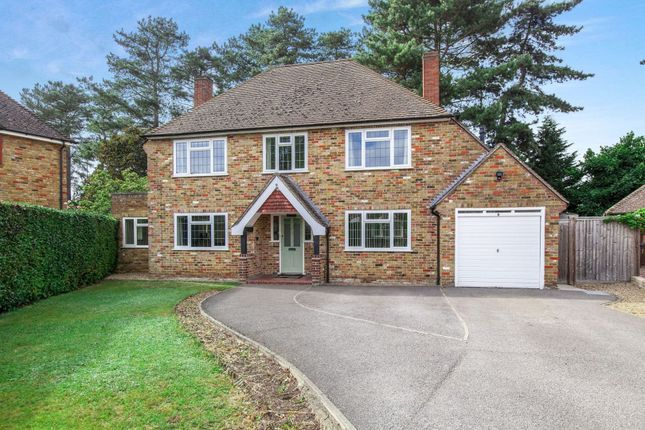 Thumbnail Detached house for sale in Bredward Close, Burnham