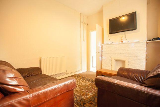 Living Room of Aynsley Road, Shelton ST4