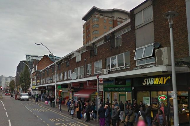 Thumbnail Flat for sale in Centreway, Ilford