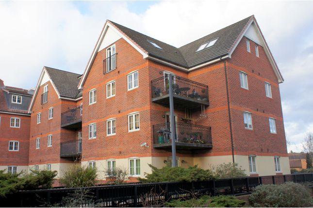 Thumbnail Flat for sale in 283 London Road, Camberley