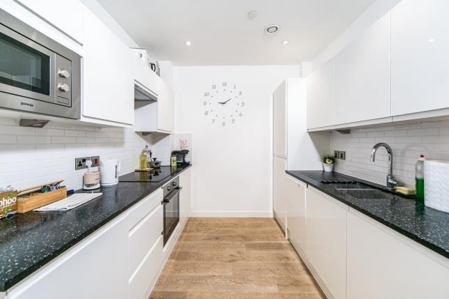 Kitchen of 30 Garrard Street, Berkshire RG1