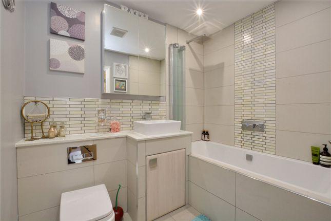 Bathroom of Norman Road, Greenwich, London SE10