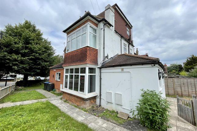 Thumbnail Studio to rent in Havelock Road, Croydon, London