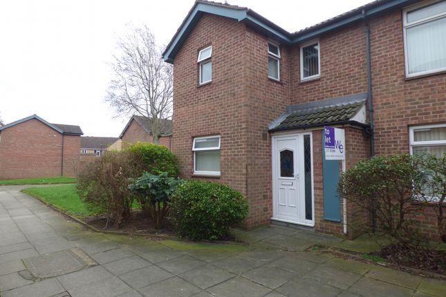 Thumbnail Town house to rent in Keir Hardie Walk, Grimsby
