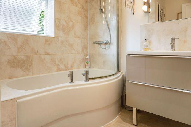 Bathroom of Oxford Avenue, Plymouth PL3
