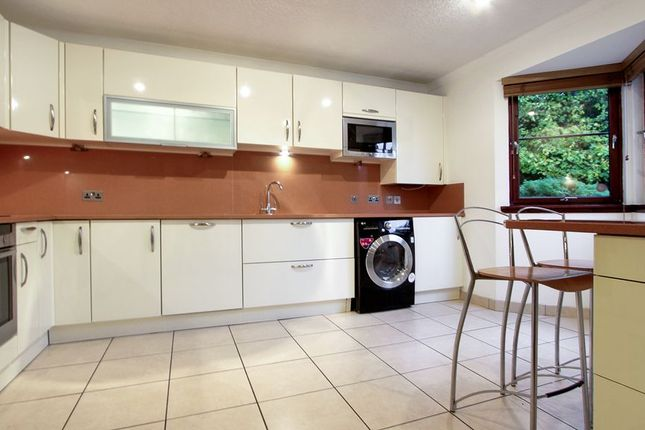 Thumbnail Town house for sale in Whinhill Gate, Aberdeen