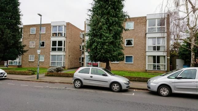 Thumbnail Flat for sale in Longlands Road, Sidcup, .