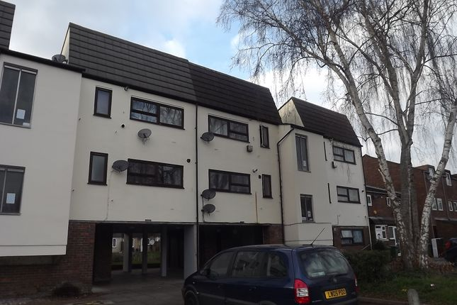 Thumbnail Flat for sale in Woolfe Close, Thamesmead