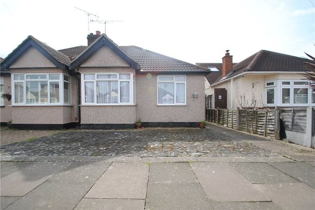 Picture No. 15 of North Crescent, Southend-On-Sea, Essex SS2