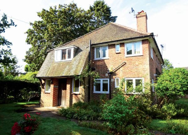 Thumbnail Flat for sale in Ben High And Ben Level, Pond Piece, Surrey
