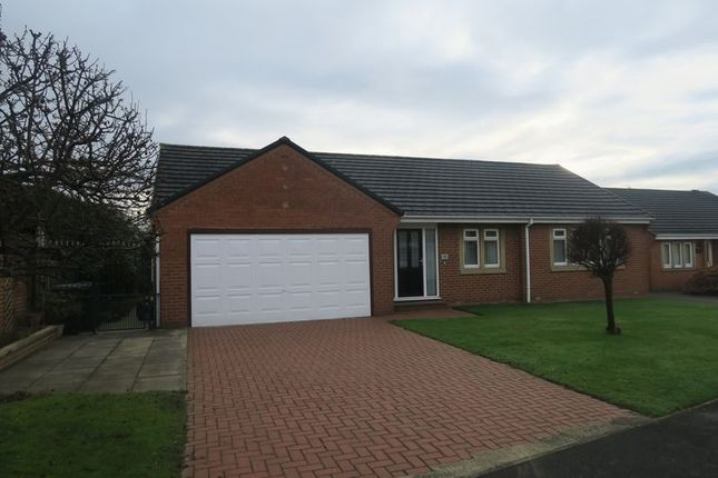 Thumbnail Detached bungalow for sale in Hill Top Lane, Tingley, Wakefield