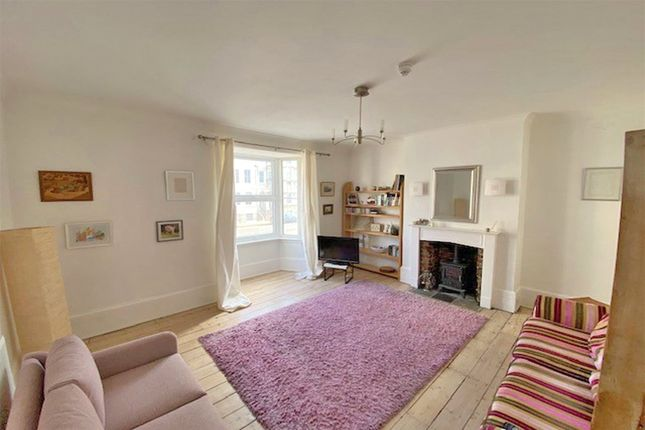 Thumbnail Flat for sale in Victoria Terrace, Hove, East Sussex