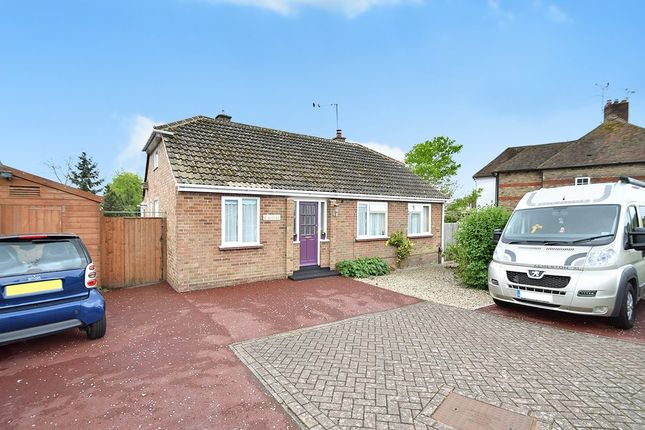 Thumbnail Detached bungalow for sale in Grosvenor Road, Kennington, Ashford