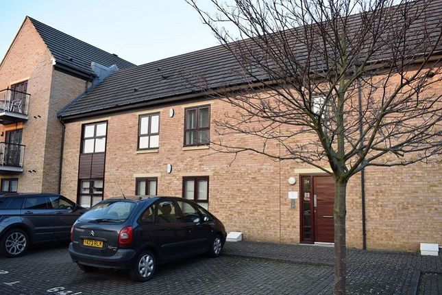 Thumbnail Flat to rent in Park Corner, The Life Building, Northampton