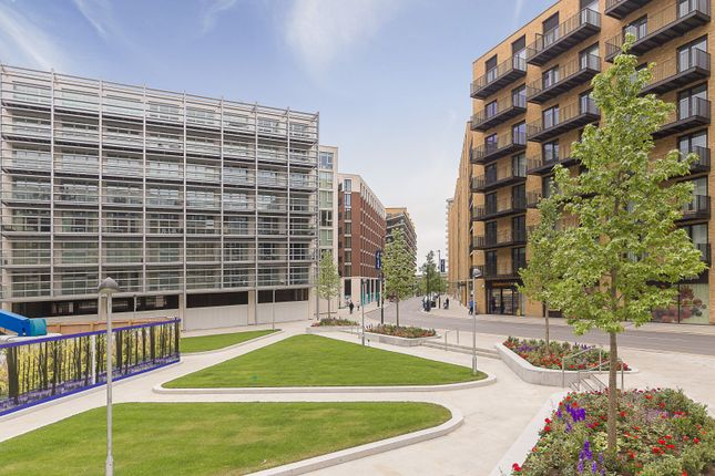 Thumbnail Flat to rent in 18 Royal Crest Avenue, London