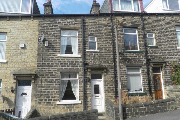 3 bed terraced house to rent in Exeter Street, Sowerby Bridge HX6