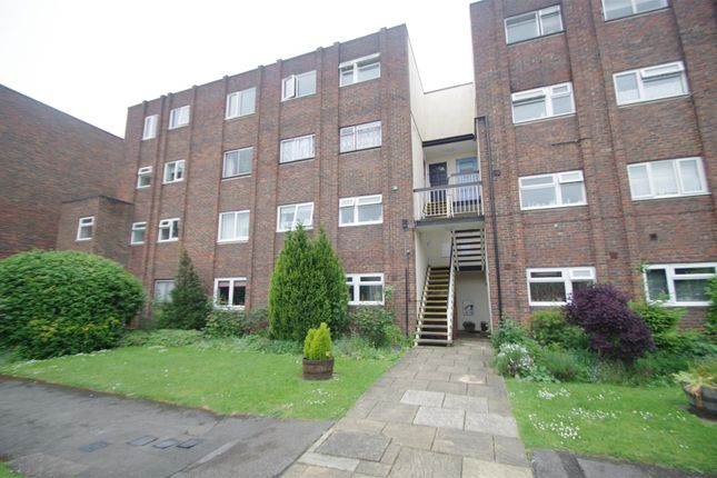 Thumbnail Flat to rent in Broadmeads, Ware
