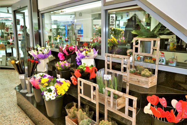 Thumbnail Retail premises for sale in Florist LS2, West Yorkshire