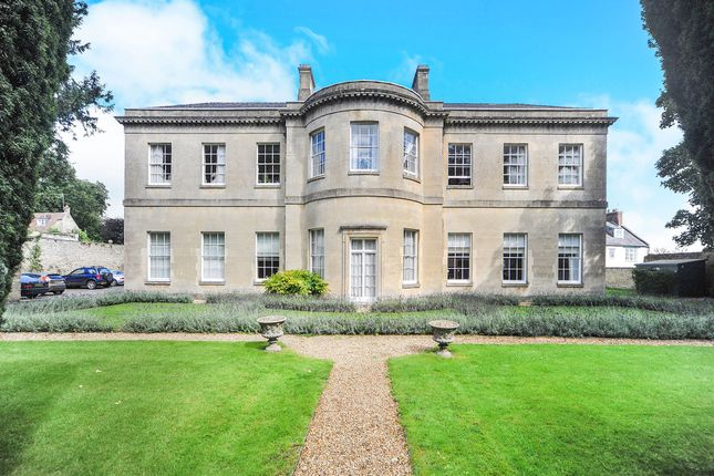 Thumbnail Flat for sale in Castle Street, Calne