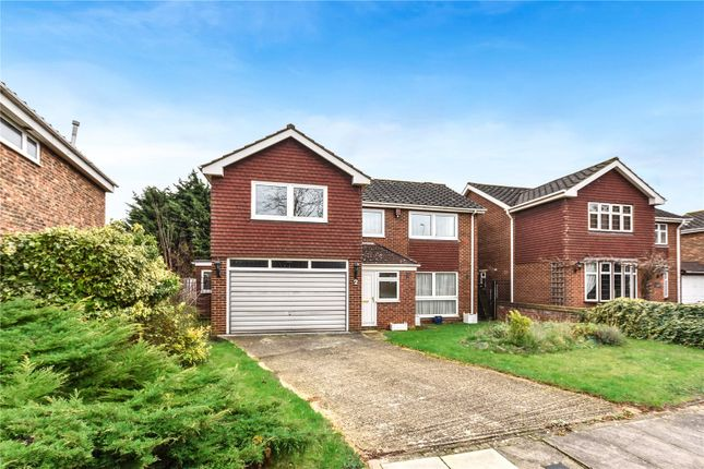 4 bed detached house for sale in Nutmead Close, Bexley, Kent
