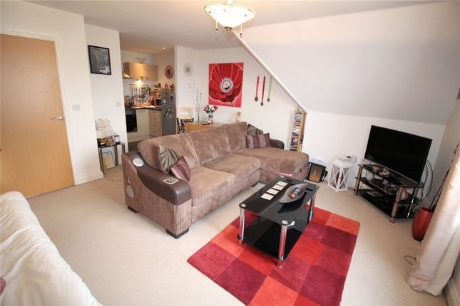Picture No. 10 of Tanners Close, Crayford, Kent DA1