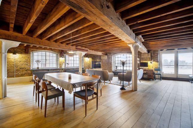 Thumbnail Flat to rent in New Concordia Wharf, Mill Street, London