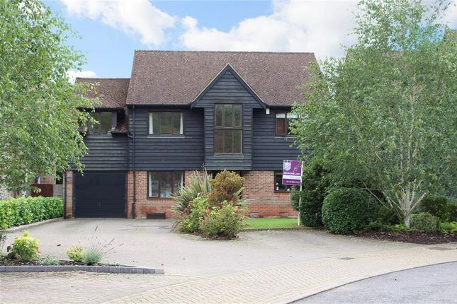 4 bed detached house for sale in Old Stocks Court, Upper Basildon