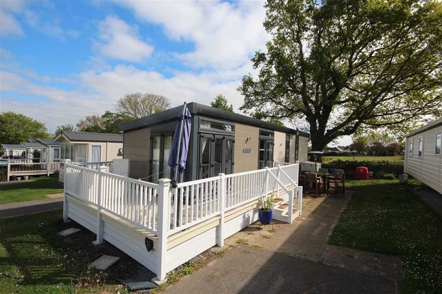 Thumbnail Bungalow for sale in Valley Farm Holiday Park, Valley Road, Clacton-On-Sea