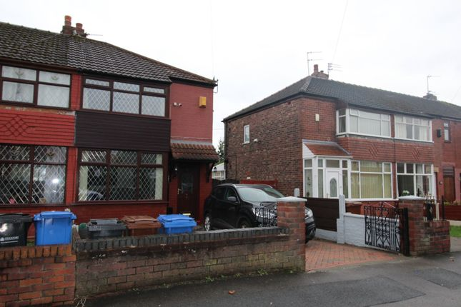 Picture No. 01 of Somerford Road, Reddish, Stockport, Cheshire SK5