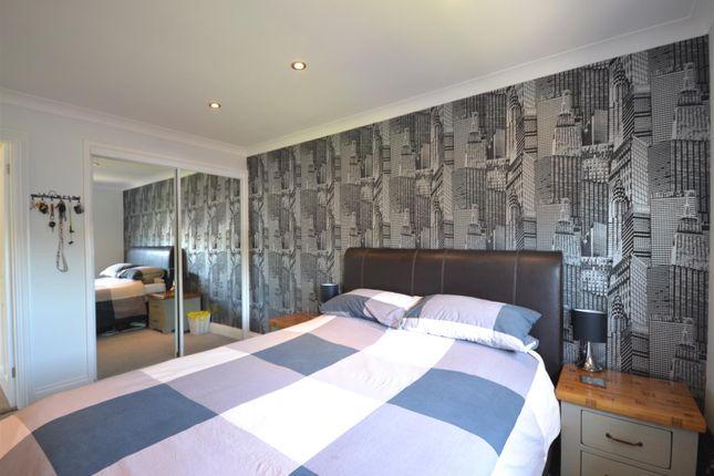 Bed 1 Alt of Hewers Way, Tadworth KT20
