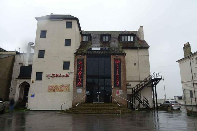 Thumbnail Restaurant/cafe to let in Esplanade, Lowestoft