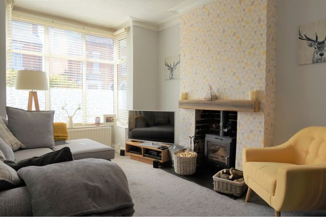 3 bed semi-detached house for sale in Byron Road, West Bridgford
