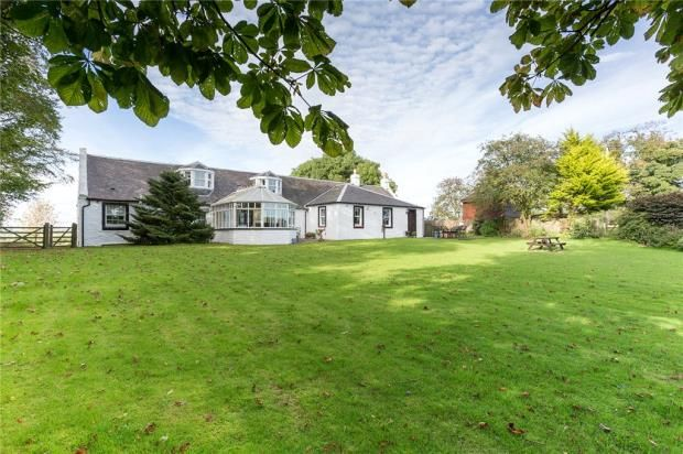 Thumbnail Equestrian property for sale in Little Cutstraw House, Stewarton, Kilmarnock, Ayrshire