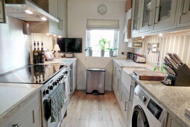Kitchen of Henrietta Court, Central Bath BA2