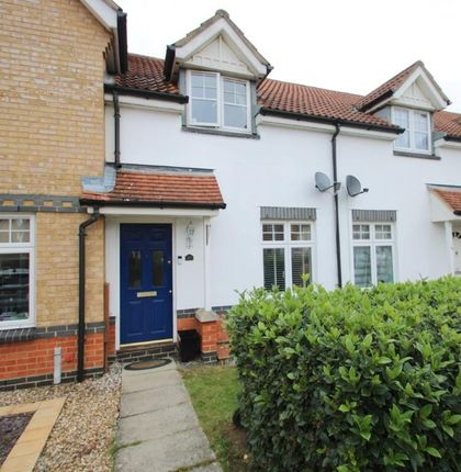 Thumbnail Terraced house for sale in Gulls Croft, Braintree