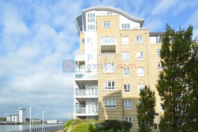Thumbnail Flat for sale in St. Davids Square, London