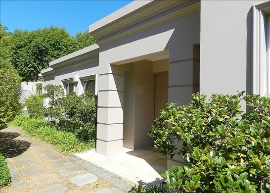 4 bed property for sale in Upper Road, University Of Cape Town, Cape Town, South Africa
