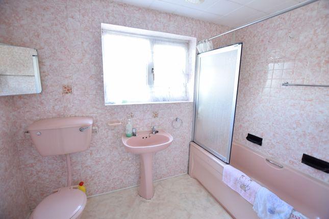 Bathroom of The Square, Pevensey Bay BN24